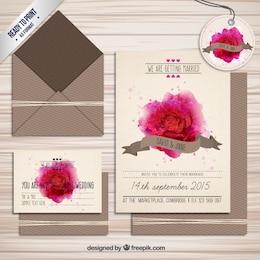 Invitación de boda con rosa de acuarela