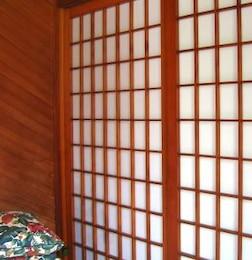 japonés con puertas correderas