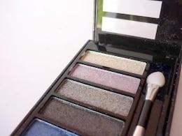 kit de maquillaje, caja