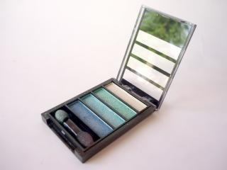 kit de maquillaje, cepillo, cosméticos