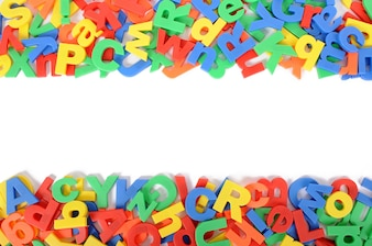 Las letras del alfabeto en el fondo blanco