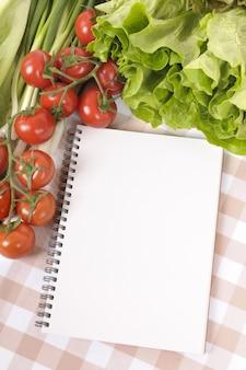 Libro de recetas en blanco
