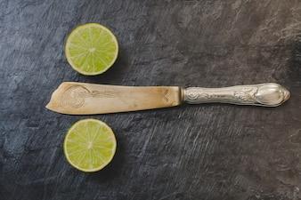 Limón cortado