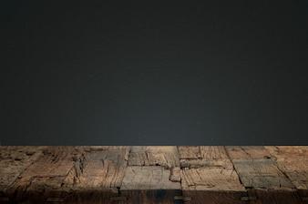 Maderas agrietadas con un fondo oscuro