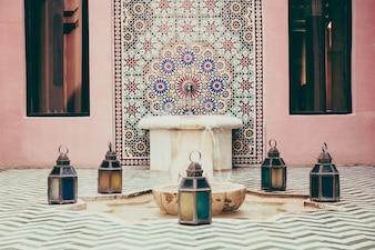 Marroquí África piscina interior adornado