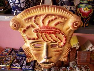 Máscara de artesanía mexicana, de edad