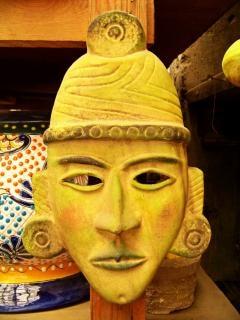 Máscara de artesanía mexicana