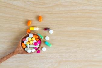 Medicina píldora y cápsula