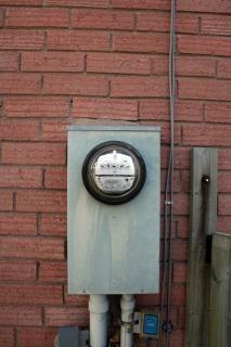 medidor de electricidad, voltios