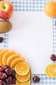 Mezcla de fruta en rodajas