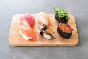 Mezcla de sushi conjunto