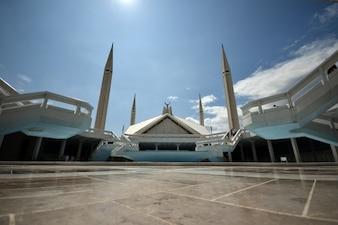 Mezquita faisal, vista amplia