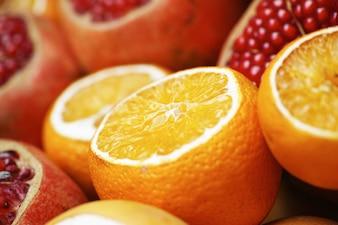 Naranjas y granadas