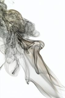 niebla de humo aromático torcido