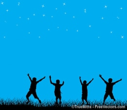 Niños jugando en el cielo estrellado