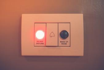 No moleste a la luz de señal electrónico. (Processe imagen filtrada