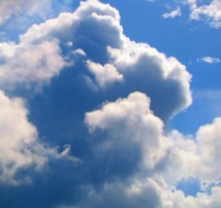 Nubes enormes