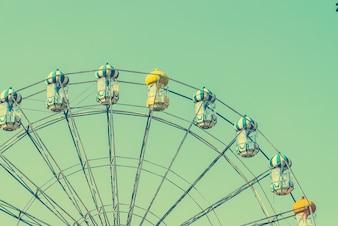 Obra turquesa de la diversión de la rueda de feria