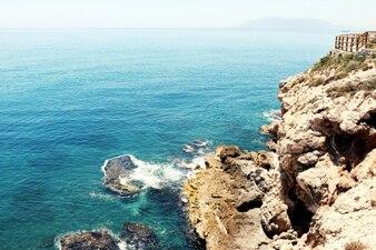 Opinión azul del mar