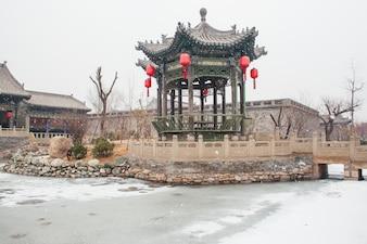 Pabellón histórico nevado