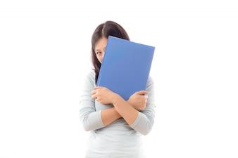 Papel de adolescente mirando estudiante fondo
