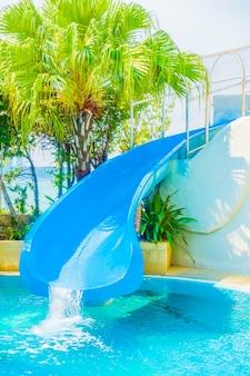 Parque de juegos al aire libre de la natación ocio
