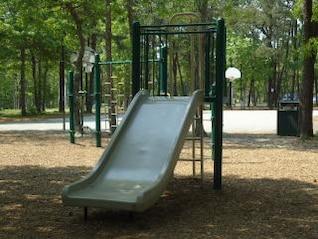 parque infantil de diapositivas