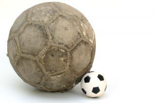 Pelotas de fútbol, el descanso