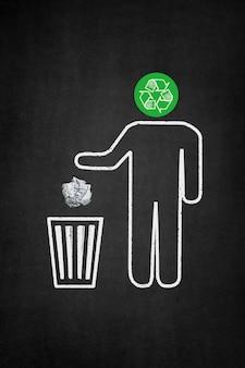 Personaje ecológico usando una papelera