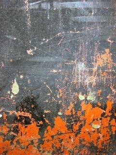 Pintura descascarada, agrietada