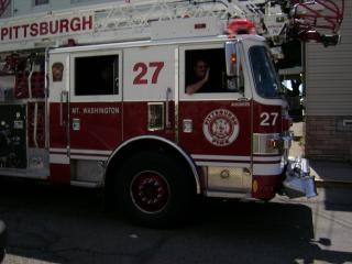 Pittsburgh incendio en el motor