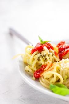 Gourmet de aguacate descargar fotos gratis for Plato de espaguetis