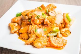 Plato de pollo con verduras