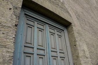 Puerta de madera clásico