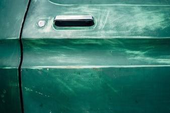 Puerta del coche verde