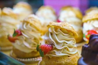 Sabroso pastel crust dessert lechería