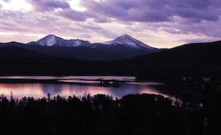 salida del sol en los Rockies de Colorado