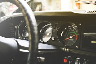 Salpicadero del coche antiguo