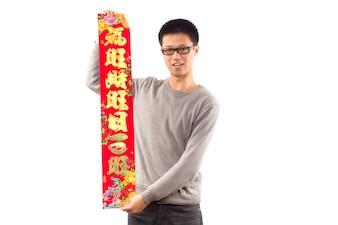 Saludo de celebración chico año mandarín