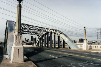 Sexto puente de la calle