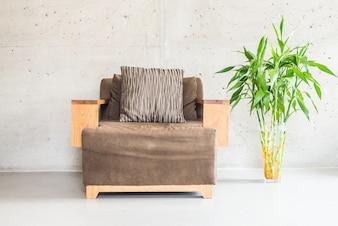 Sofá de madera de lujo hermosa