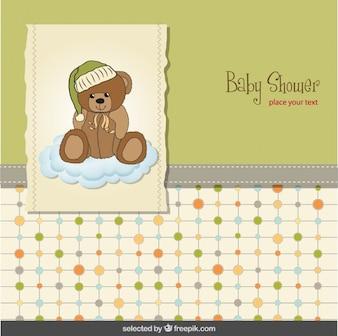 Tarjeta de la ducha de bebé con el oso de peluche en una nube