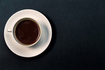 Taza de café vista desde arriba de cerca