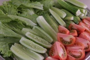tomates pepinos lechuga