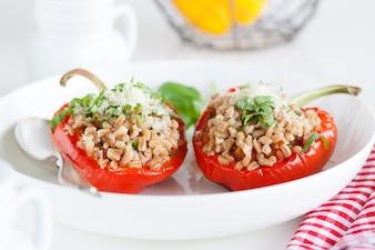 Tomates rellenos de frutos secos