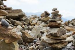 Torre de piedra en equilibrio