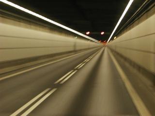 túnel, el tráfico