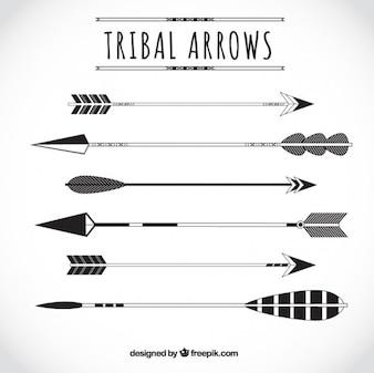 Variedad de flechas tribales