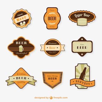 Variedad de insignias de cerveza