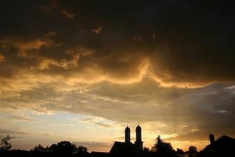 Verano nubes cielo tormenta atardecer silueta